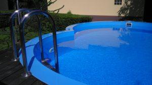 Nestandartinės formos plastikinių baseinų įrengimas